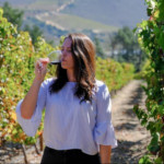 Jenna Manthe is the founder and tale-teller behind boutique wine marketing agency, Tales of the Vineyards. What started as a creative outlet while working a harvest in the Napa Valley has now evolved into a full-time passion for wine and storytelling.